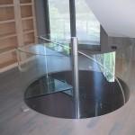 Hal & glazen trap